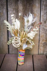 bohemian-wedding-bouquet-with-colorful-wrapping
